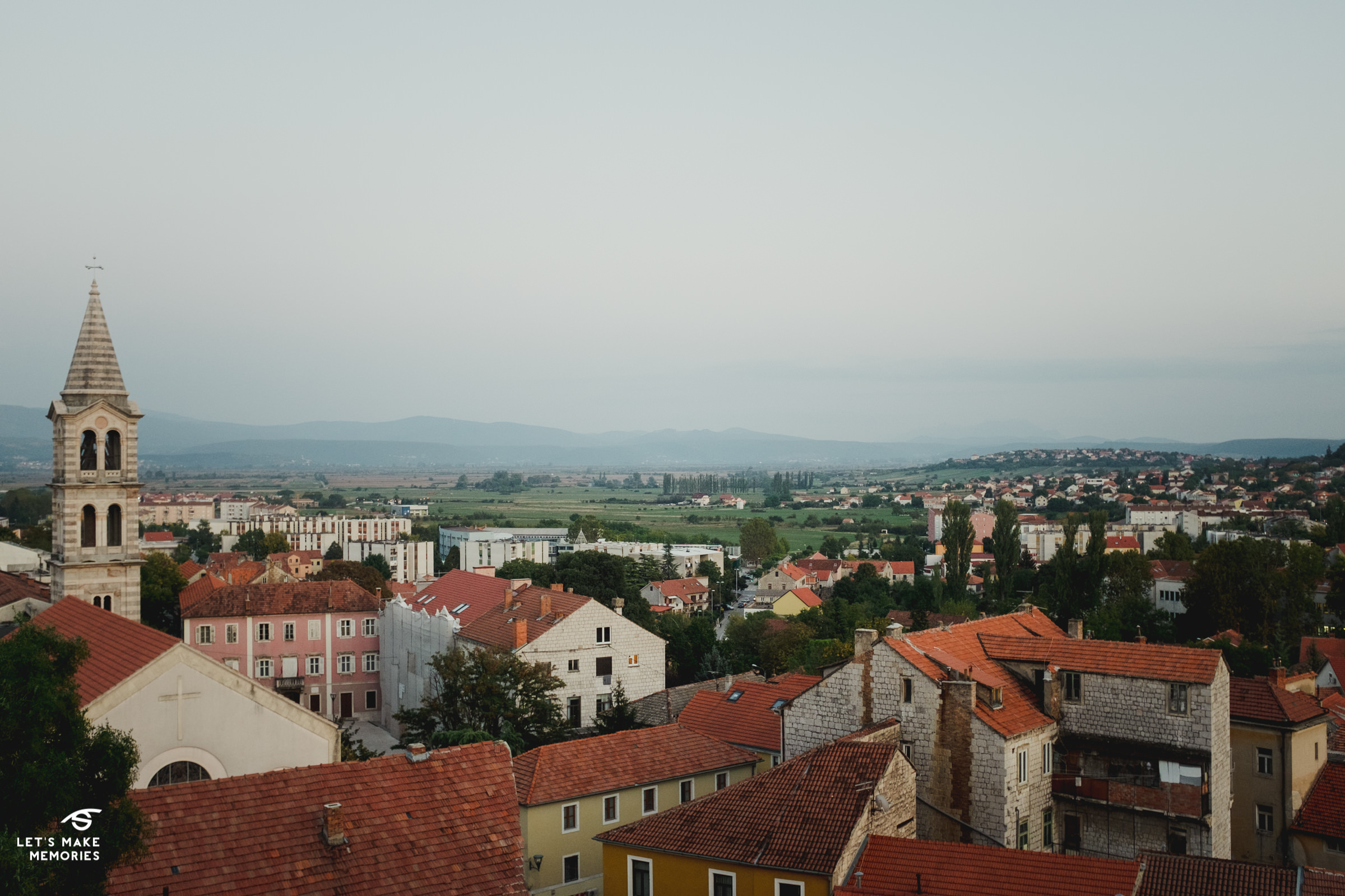 landsape of town sinj from top of kamićak fortress