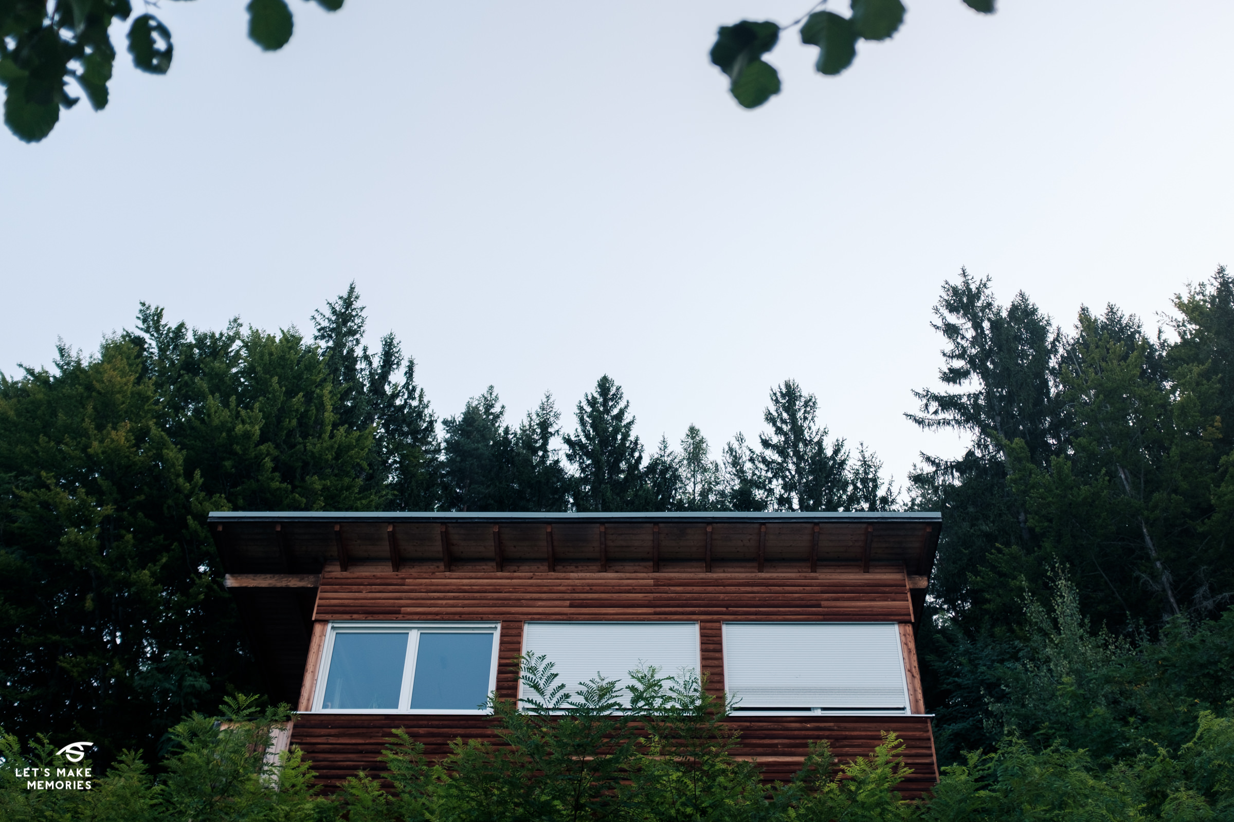 wood weekend getaway house on FaakerSee lake in Villach
