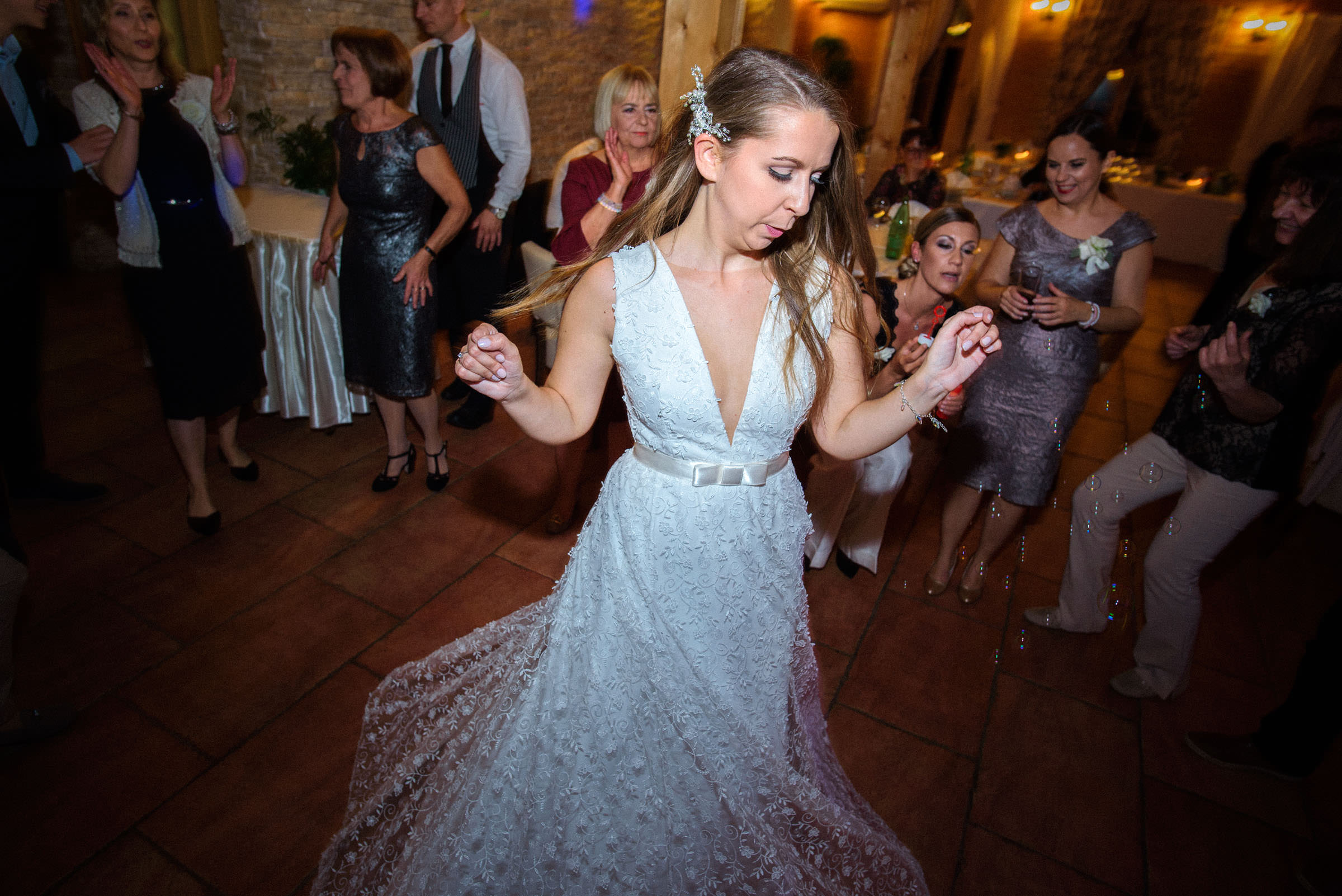 bride dancing to the music